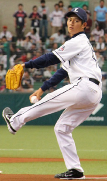 始球式の工藤阿須賀