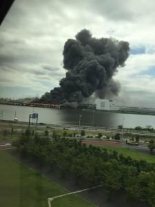 羽田空港近くの火災