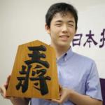 藤井聡太(将棋)はデビュー戦勝利なるか?中学校や彼女についても調べてみた